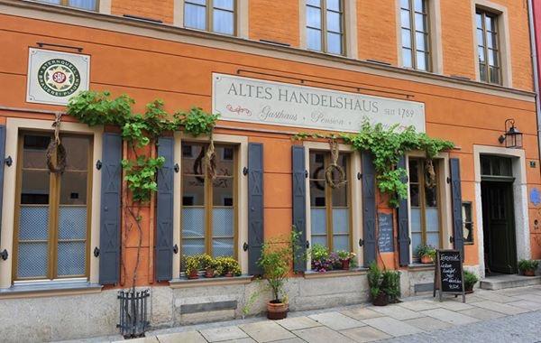 """Bild: Fasadenansicht """"Altes Handelshaus in Plauen"""""""